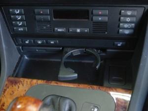 E39 ドリンクホルダー